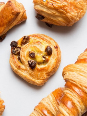 PLATEAU DE 20 MINI-VIENNOISERIES